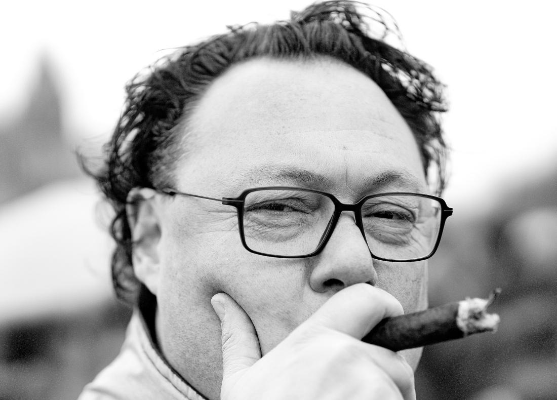 portret-m-sigaar - 1bw kopie