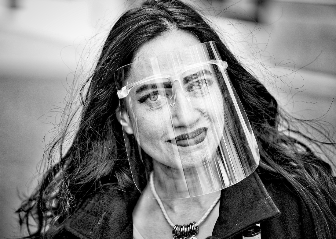 portret-v-mask-blackhair - 1 kopiebw2